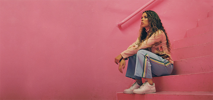 New signing: Nilüfer Yanya