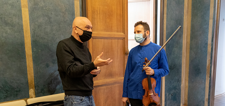 Bernhard Lang and Ilya Gringolts-c-Astrid Ackermann-musica viva